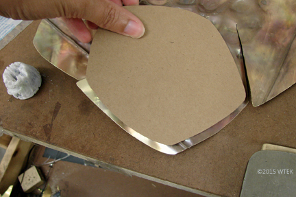 See the pattern of the nickel piece next to the brass petal? ©2015 WTEK